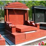 Monument funéraire chinois en granit rouge